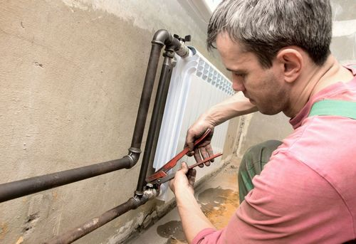 Монтаж радиатора отопления в квартире в Ногинске
