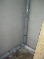 Монтаж труб канализации в частном доме