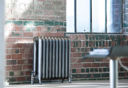 Установка чугунного радиатора отопления в Ногинске