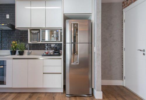 Установка холодильника в нишу в Ногинске