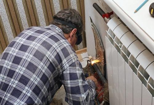 Замена радиатора отопления в квартире в Ногинске